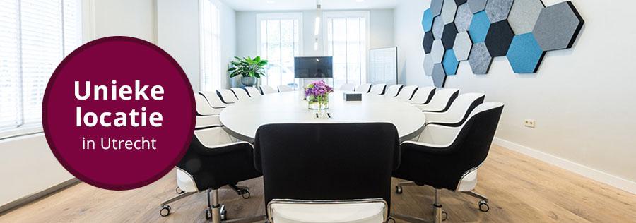 Overzicht van de boardroomruimte in centrum Utrecht